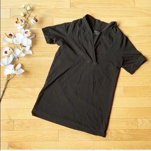 THEORY black shirt size Medium v-neck
